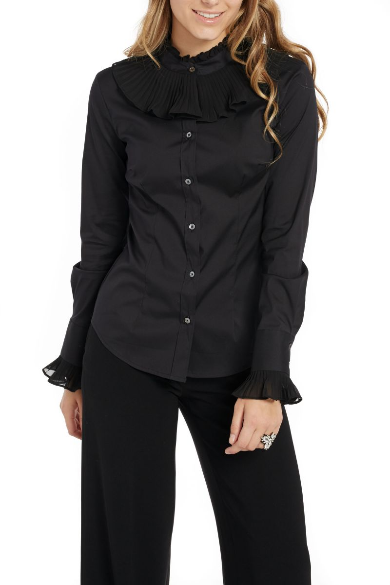 Blouse with Pleated Collar and Cuffs